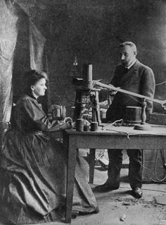 Marie Curie and Pierre Curie, Photo Credit: Getty Images / Hulton Archive. Marie and Pierre Curie are shown in her research laboratory in Paris. Marie Curie, Marie And Pierre Curie, Nobel Prize In Chemistry, Nobel Prize In Physics, Nobel Prize Winners, Vintage Medical, Physicist, Geek Humor, Funny Images