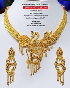 Bengali necklace Gold Jhumka Earrings, Jewelry Design Earrings, Gold Earrings Designs, Jewelry Stand, Jewellery Designs, Yellow Jewelry, Gold Jewelry, Wedding Jewelry, Gold Costume Jewelry