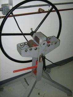Metal Bending Tools, Metal Working Tools, Metal Tools, Metal Projects, Welding Projects, Cool Tools, Diy Tools, Ring Roller, Metal Fabrication Tools