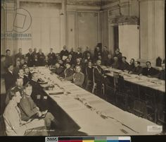 The peace negotiations at Brest-Litovsk, with Richard von Kuehlmann in the centre, after December 1917 (b/w photo)