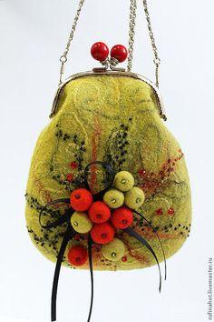 Женские сумки ручной работы. Ярмарка Мастеров - ручная работа. Купить Сумочка валяная. Олива. Handmade. Оливковый, сумка с декором