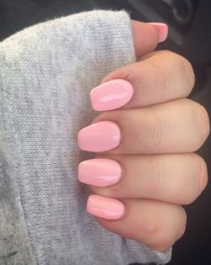 Cute pink nails for summer time!  These are acrylics with shellac on top!  Love the simplicity but also love how it gives a poppy vibe.