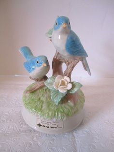 Vintage Blue Bird Music Box Younger Than Spring Time Porcelain Otagiri FIgural