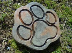 Stone Paw Stepping Stone, Dog, Cat, Free Shipping by mountainartcasting. Explore more products on http://mountainartcasting.etsy.com