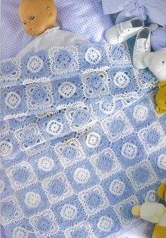 Copertine uncinetto: in lana o in cotone, sempre adorabili… Baby Patterns, Knitting Patterns, Crochet Patterns, Manta Crochet, Crochet Baby, Birthday Wishes For Son, Baby Afghans, Baby Cardigan, Crochet Stitches