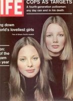 Buy LIFE Magazine - November 1970 - World's Loveliest Girls Cover (Volume is one beloved magazine for Lunar New Year Life November 13 1970 - well-preserved y. News Magazines, Vintage Magazines, Life Magazine, 1970s Hairstyles, Life Cover, Feathered Hairstyles, Teen Models, Ford Models, Vintage Looks