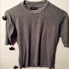 Topshop Sweater 3/4 sleeves, gray. XS. No tips or stains. ❌ NO TRADES ❌ Topshop Sweaters Crew & Scoop Necks
