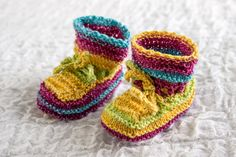INSTANT DOWNLOAD PATTERN Knit Baby Booties by heaventoseven