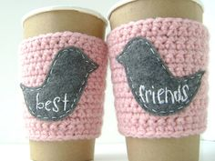 BEST FRIENDS matching coffee cup cozies...one for u & one for ur bestie! Basic crochet sleeve w/ felt birdies. [Note to self: replace embroidery w/ fabric paint pens] Crochet Coffee Cozy, Coffee Cup Cozy, Crochet Cozy, Mug Cozy, Diy Crochet, Coffee Cups, Coffee Time, Crochet Pattern, Fabric Paint Pens