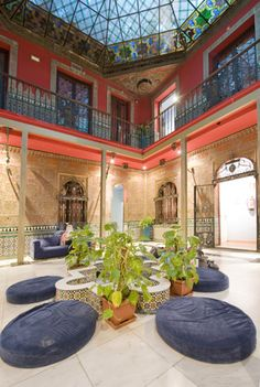 Female holidaymakers can travel to Cat's Hostel, Madrid, and sleep from only £12 per person, per night