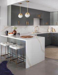 Kitchen Room Design, Luxury Kitchen Design, Home Decor Kitchen, Interior Design Kitchen, Kitchen Furniture, Home Kitchens, Modern Interior, Kitchen Layout, Diy Kitchen