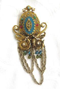 Vintage Heraldic Brooch Jeweled Swag Chain Pin Large and  #statementbrooch #heraldicbrooch #swagchainbrooch #heraldicpin #swagchainpin #vintagebrooch #vintagepin #followme