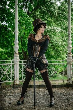 Great steampunk costume The kit includes: -bolero, -courset, -shorts… Costume Steampunk, Mode Steampunk, Style Steampunk, Steampunk Couture, Victorian Steampunk, Steampunk Clothing, Steampunk Fashion, Victorian Fashion, Steampunk Outfits