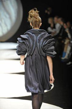 Sculptural Fashion - jacket design with 3D circular structure; wearable art // Lie Sang Bong