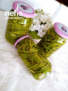 Restaurant Style Pepper Pickles Yummy - Yummy Recipes # Lokantausulübiberturşu of # Turşutarif of th Restaurant, Best Pickles, Carrot Cake Cookies, Fast Food, Spa Gifts, Turkish Recipes, Homemade Beauty Products, Sweet And Spicy, Brownie Recipes