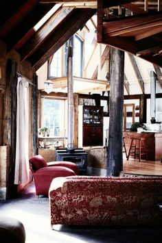Tasmania home built from salvaged and reclaimed wood. Shown in #HomeLife. Via #downandoutchic