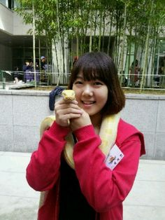Last sunday, i visited a festival at my church. There are many animals. for example a bear, a horse, monkeys and so many kinds of animals. I took a picture with yellow snake!!! Awesome♥