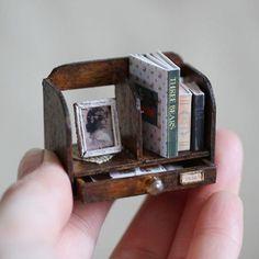 2017 April, Miniature bookstand ♡♡ by Calin la Main