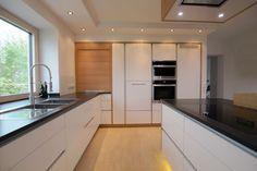 """Kitchen """"timeless"""" – Carpenter Baier Source by Minimal Kitchen, Modern Kitchen Design, New Kitchen, Kitchen Interior, Kitchen Decor, Küchen Design, House Design, Kitchen Organisation, White Kitchen Cabinets"""