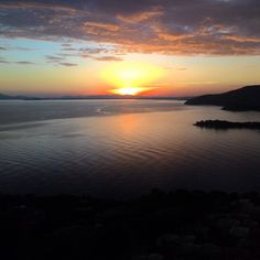 Sunset from window, Torre delle Stelle Residence ! #sardinia #sea #travel #enjoywithinn #tiraccontounviaggio
