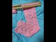 ผ้าพันคอบล็อกไม้ลายที่2 - YouTube Loom Knitting Scarf, Loom Scarf, Knifty Knitter, Loom Knitting Projects, Loom Knitting Patterns, Yarn Projects, Knitting Stitches, Loom Knitting For Beginners, Loom Hats