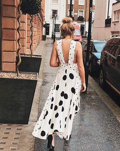The Topshop Dress Causing What We Can Only Describe as Panic