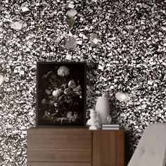The Love Paris Padlocks Grey HD Mural by WYNIL. Made in Canada, worldwide shipping. Printed on highly resistant ecological paper, easy to apply. Commercial Wallpaper, Leed Certification, Accent Wall Bedroom, Prepasted Wallpaper, Wallpaper Samples, Indoor Air Quality, Soap Making, Padlocks