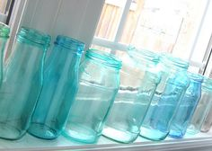 Mason Blue Glass Canning Jar DIY~~ 1 tsp elmers glue, 3 drops food coloring, and tsp of water. painted onto clear glass jars will turn them whatever color you'd like Bottles And Jars, Glass Jars, Clear Glass, Amber Glass, Crafty Craft, Crafty Projects, Crafting, Jar Crafts, Crafts To Do
