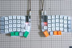 - Self-Made Keyboards in Japan Key Caps, Desk Setup, Circuits, Technology Gadgets, Computer Science, Geeks, Computer Keyboard, Programming, Computers