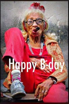 Geek Discover Old Cuban Lady with Cigar Alte kubanische Dame mit Zigarre Young At Heart Advanced Style Happy B Day People Around The World Belle Photo Alter Look Fashion Face Fashion Funny Fashion Advanced Style, Young At Heart, Happy B Day, People Around The World, Belle Photo, Old Women, Old Ladies, Look Fashion, Face Fashion