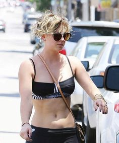 Kaley Cuoco Hot Yoga Outfit In LA-05