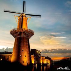 Dutch Glory  --------------------------- #giantific #schiedam #windmill #nl #mill #nightshot #sunset #dark #orange --------------------------- #landscape #landscape_lovers #scenary #landscape_captures #landscapephotography #landscapelover #landscapehunter #landschap #super_holland #dutch #holland --------------------------- #traveling #travelling#travel #traveljunkie #reizen #wanderlust #wanderlusting #traveladdict #sky #clouds