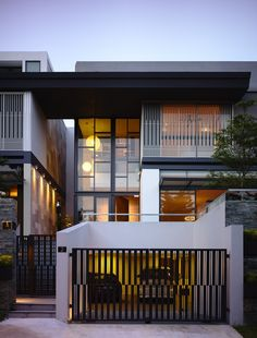 Built for a couple in Singapore, this sprawling house contains two different residences in one architectural package. Designed by A D Lab, the design features a tall master dwelling...