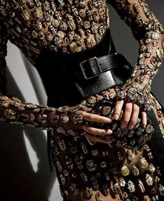 """bughaze: """" notordinaryfashion: """" Alexander McQueen S/S 2018 An intricate silver hand- embroidered dress is composed of a range of exotic beetle motifs in metallic silver and light gold, red, black, orange and yellow. This jeweled embroidery uses a. Instagram Baddie, Instagram Repost, Alexander Mcqueen, Fashion 2020, Runway Fashion, Womens Fashion, Bold Fashion, High Fashion, Grunge"""