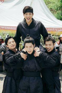 14th prince Wang Jung, 9th prince, Wang Won, 3rd prince, Wang Yo & 8th prince, Wang Wook