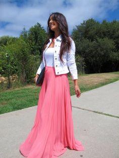 mydreamsofseams Outfit   Verano 2013. Combinar Falda Rosa chicle Mango, Chaqueta-Cazadora Blanca Stradivarius, Cómo vestirse y combinar según mydreamsofseams el 21-8-2013