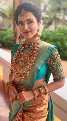 South Indian Wedding Saree, Indian Bridal Sarees, Bridal Silk Saree, Indian Bridal Outfits, Indian Bridal Fashion, Indian Bridal Wear, South Indian Silk Saree, South Indian Wedding Hairstyles, South Indian Bridal Jewellery