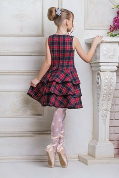Girly Girl Outfits, Cute Little Girl Dresses, Dresses Kids Girl, Cute Dresses, Young Fashion, Tween Fashion, Baby Girl Tops, Cute Outfits For School, Child Models