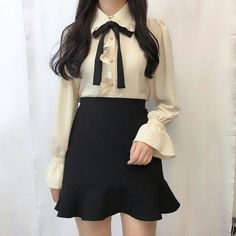 Korean Fashion – How to Dress up Korean Style – Designer Fashion Tips Adrette Outfits, Cute Casual Outfits, Preppy Outfits, Girly Outfits, Korean Outfits, Fashion Outfits, Fashion Ideas, Kawaii Fashion, Cute Fashion