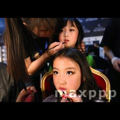 Child models prepare backstage before a fashion show by Chinese designer Vicky Zhang during the Mercedes-Benz China Fashion Week in Beijing, China, 28 March 2016. EPA/HOW HWEE YOUNG (MaxPPP #photo #photos #pic #pics #picture #pictures #art #beautiful #instagood #picoftheday #photooftheday #color #exposure #composition #focus #capture #moment #sport #photojournalism #photojournalisme #maxppp