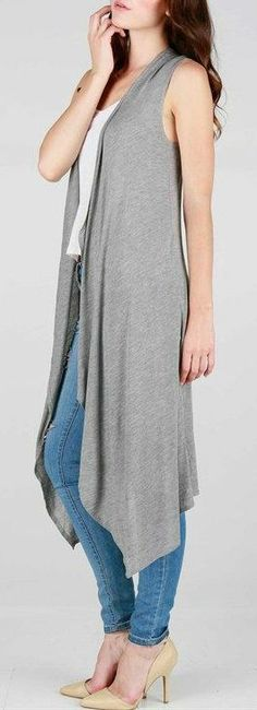 Love this Long Reece Cardigan! Although i wish it had sleeves for chilly Fall days.