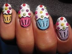 Adorable cupcake nails!