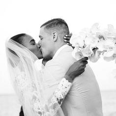 Clima praieiro com sofisticação no casamento de Arlenis Sosa, modelo da Victoria's Secrets, e Donnie McGrath, jogador de basquete.