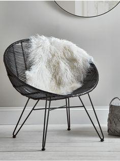 Sheepskin Rugs, Large White, Ivory, Blush, Mink & Grey Sheepskin Rugs for Sale UK Grey Sheepskin Rug, Nordic Furniture, Scandinavian Furniture, Room Rugs, Rugs In Living Room, Grey Carpet Hallway, Interior Design Layout, Buy Rugs, Chairs