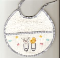 Baby Burp Cloths, Baby Bibs, Baby Crafts, Diy And Crafts, Baby Converse, Mini Cross Stitch, Stitch 2, Welcome Baby, Diy Christmas Gifts