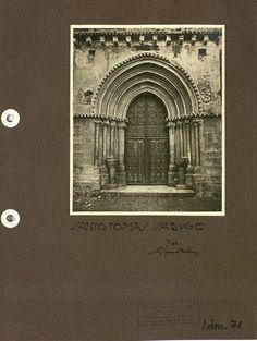 Notas para el catálogo monumental y artístico de Asturias / Gustavo Fernández Balbuena.  Carpetas 2, 3, 4: fotografías. -- [135] h. de cart. con lám. y fot. con pie de foto informativo ms. http://aleph.csic.es/F?func=find-c&ccl_term=SYS%3D001365099&local_base=MAD01