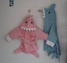 Baby bath robe Shark in blue von Schnuffelinis auf Etsy, €17.95