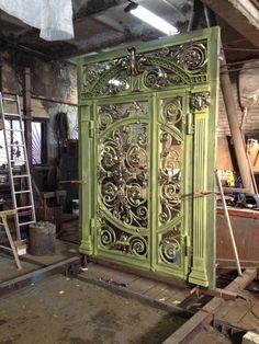 Fence Design, Door Design, Welding Design, Steel Gate, Blacksmith Projects, Wrought Iron Fences, Ponds Backyard, Entrance Doors, Blacksmithing