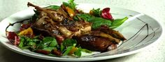 Salade tiède de cailles grillées et de portabella Slow Cooker, Steak, Pork, Turkey, Beef, Chicken, Sauce, Tv, French Food