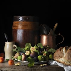 Paulette Tavormina, Still Life with Figs and Apricots, After LM, 2014 © Paulette Tavormina. Courtesy Beetles+Huxley, London